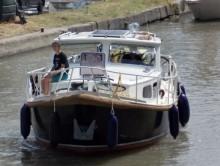 Photo vlet mer  riviere10.50 m  83 cv   8/9 tonnes