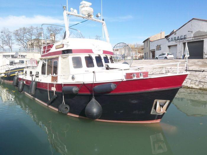 a vendre trawler mer riviere m 145 cv bateaux et p niches vendre sur. Black Bedroom Furniture Sets. Home Design Ideas