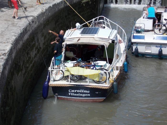 bateaux moteurs habitables
