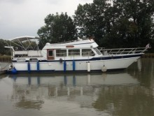 Photo Vedette Bakdeck  mer / rivière 14 m   et 2 x 100 cv