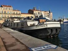 Photo bateau a passagiers   28 pers dans 10 cabines